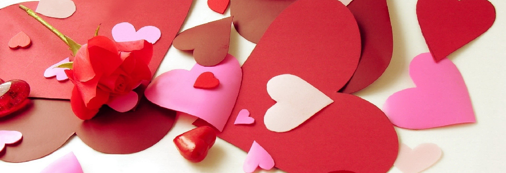 Valentine Card Making Party | Wednesday, February 13 at 6:30 p.m. | AGES: 5 years and up